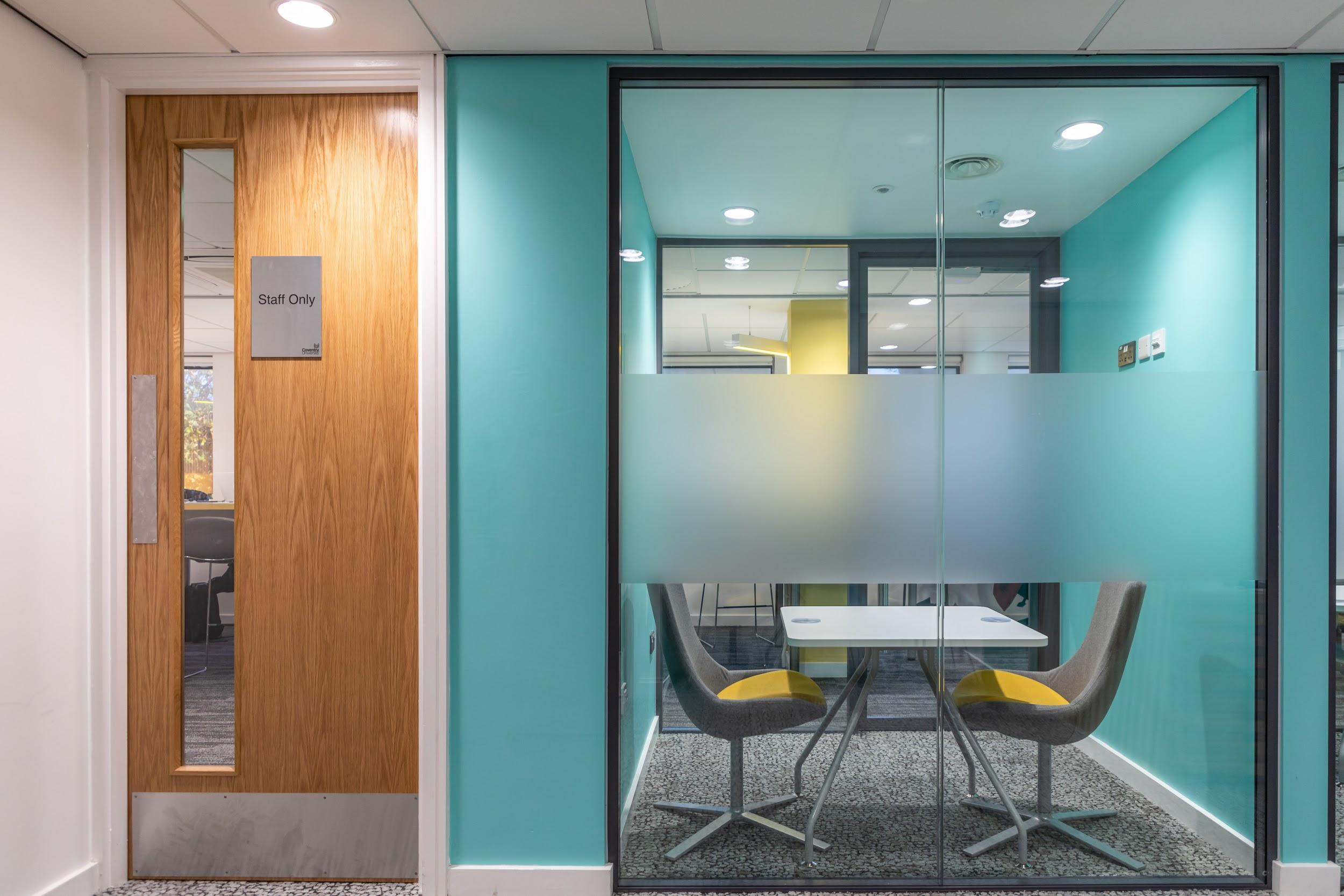 Office partitioning glazing
